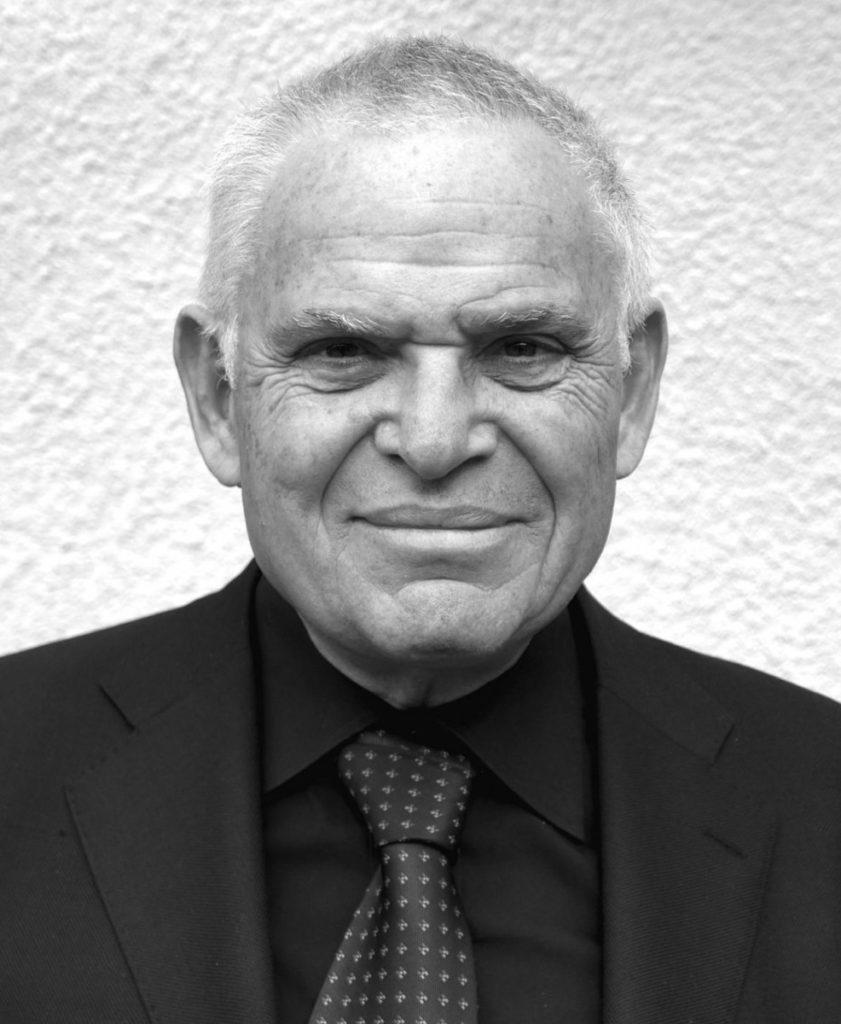 Эдвард Люттвак